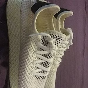 Rear Adidas 600s
